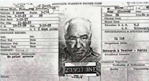 Orgonite analysys : The prisoner card of doctor Wilhelm Reich, arrested by a violation of material transport without needed document of declaration of transport.
