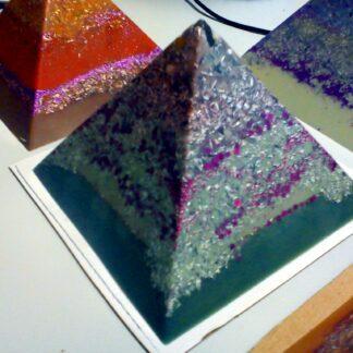 Pyramid orgonite long knife 01