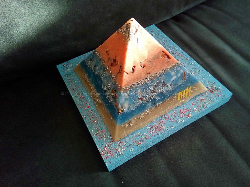 Pyramid Orgonite 17 Cinnamon Moon