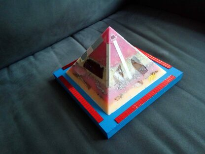 Pyramid orgonite 17 Multi Flavour