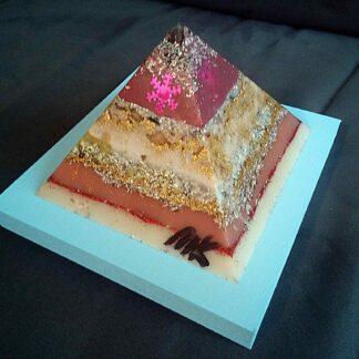 Pyramid orgonite Christmas Dreams 01