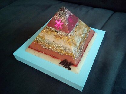 Pyramid orgonite Christmas Dreams 01