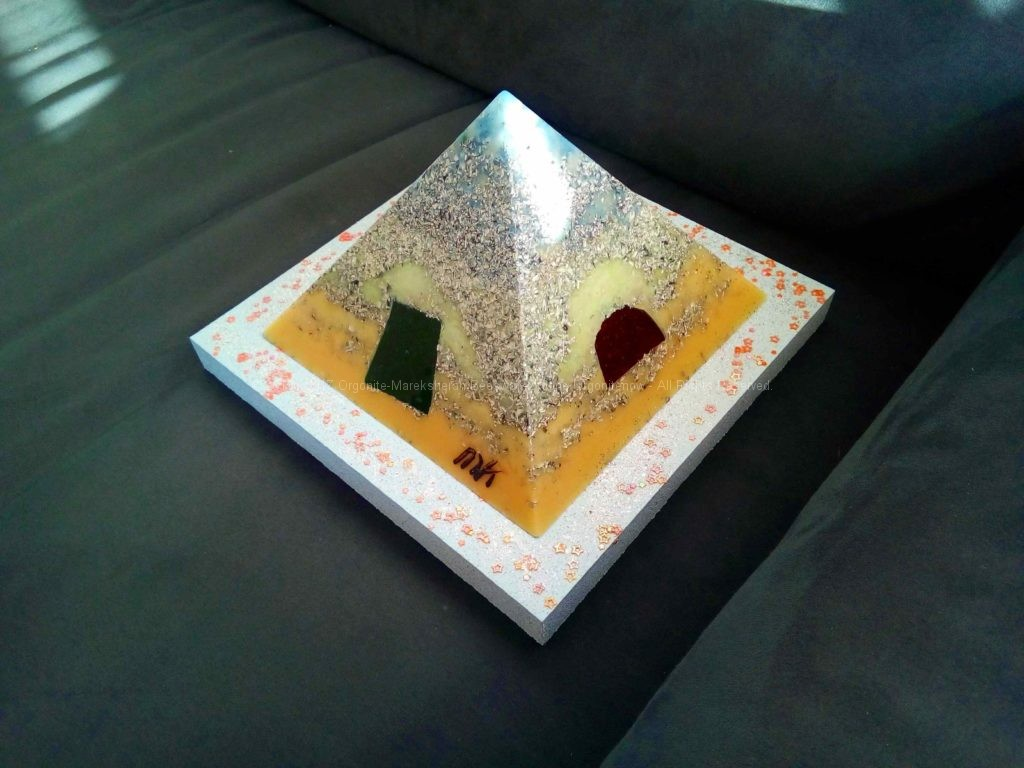 Pyramid Orgonite 17 Faith