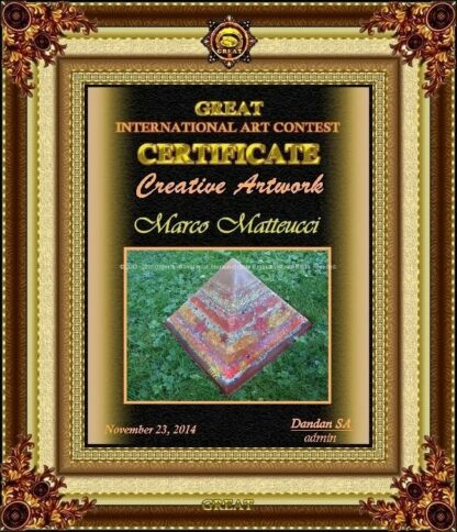 Pyramid Orgonite Christmas Stars, bijenwas, kristallen, mineralen, metalen.