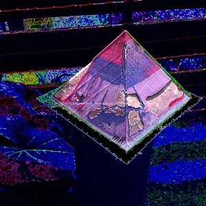 Orgonite Pyramid Vegan One
