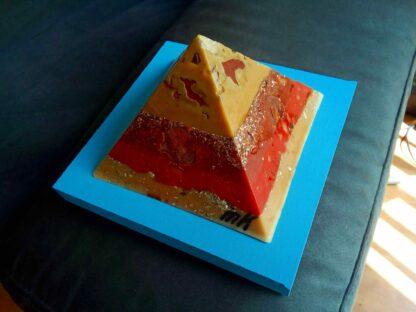 Pyramid Orgonite Netherland 2 - 001