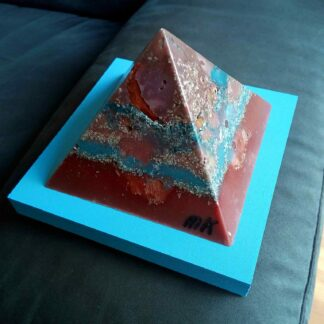 Pyramid Orgonite Netherland 2 - 003