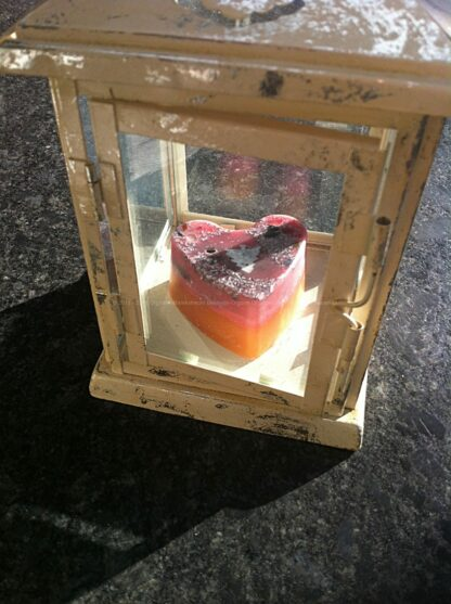 Orgonite heart jasper 2, bijenwas, kristallen, mineralen, metalen.