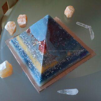 Piramide Orgonite Maas 17 cm