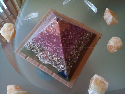 Piramide orgonite Maas 004