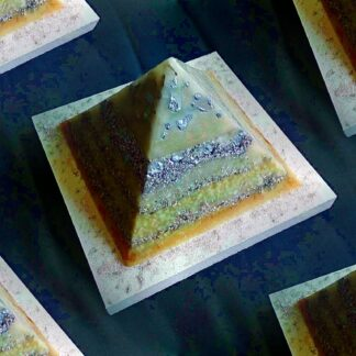 Piramide Orgonite 17 Staal