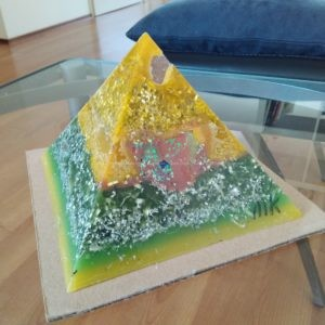 Budapest heart 17 cm pyramid orgonite, an orgonite heart art done for Artup 2017 Budapest, two rose quartz as top and heart
