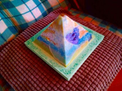Piramide Orgone Amethyst Hart 17 cm V2