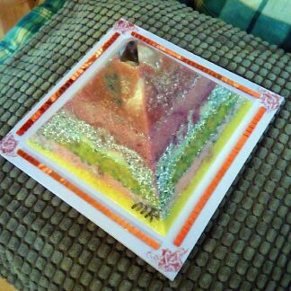 VK Ultra pyramid orgonite