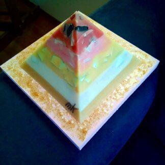 Lemuria Dream 17 cm pyramid orgonite 002