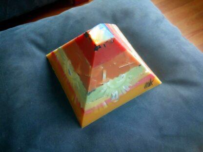 Opaliet 17 cm pyramid orgonite 004