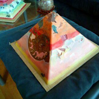 Horus 24 cm piramid orgonite
