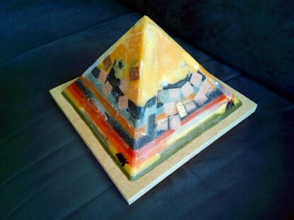 Dark Phoenix 24 cm piramide orgonite