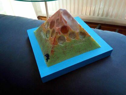 Disintegration 12 cm pyramid zijde D
