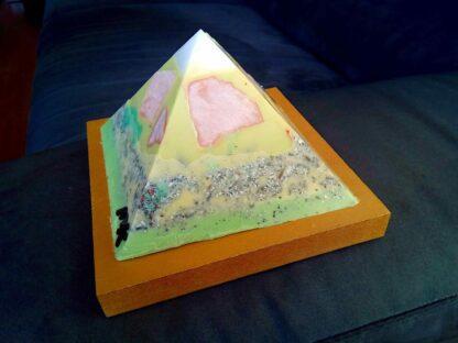 Apricot Moonstone pyramid 13 cm