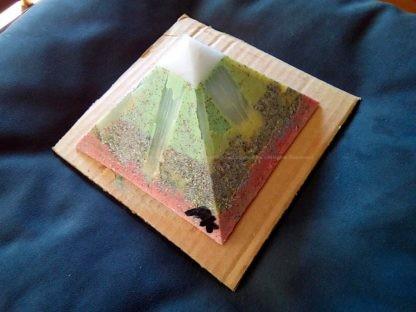 Selenium 13 cm pyramide Orgonite